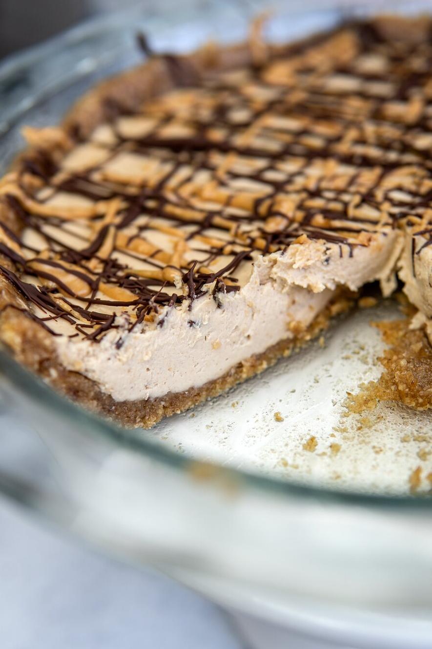 No Bake Vegan Peanut Butter Pie